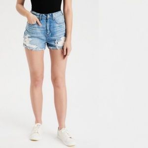 American Eagle Mom Jean Short High Rise Distressed